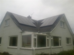 16 x Sanyo N series 235Wp panels in 2 strings with 4000TL inverter, 3.8kWp array