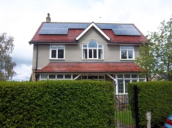 17 x Hyundai Solar PV panels, 4.25 kWp array, Otley