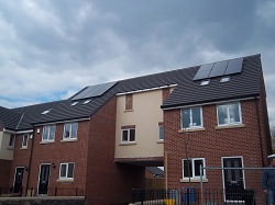 12 x Hyundai 245 Wp solar pv panels, 2.94 kWp array, Pudsey